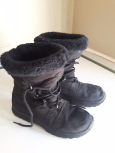 Tender Tootsies Winter Boots Size 7