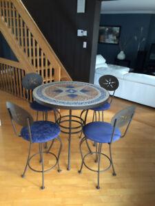 Table haute en mosaïque + 4 chaises style bar/bistro/cave à vin