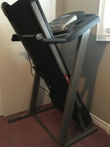 Inclining Treadmill by Tempo