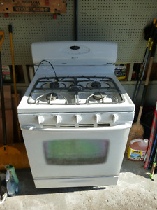 30 in Maytag gas range convection and self clean