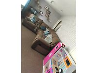 Large 2 bed flat looking to exchange for a 3 bed...