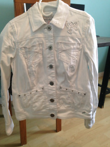 veste de jeans blanche