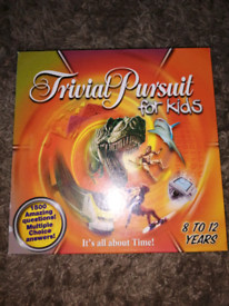 Trivial pursuit for kids board game