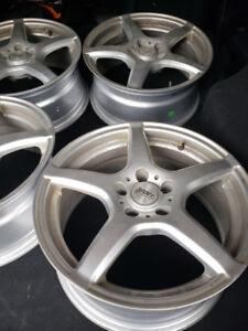 Sports Edition Silver wheels/Rim   Bolt Pattern 5x112