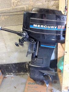 25HP Mercury Outboard Motor
