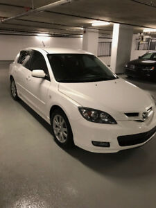 2009 Mazda3 GS Hatchback + Low KMs + No Accidents