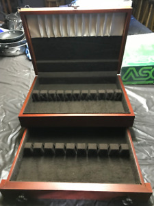 Wooden flatware case