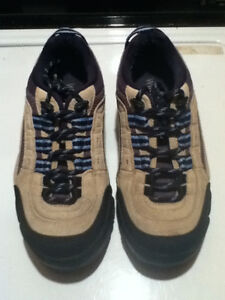 Men's WindRiver Hiking Shoes Size 7 London Ontario image 5