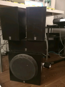 Yamaha subwoofer , center and main speaker
