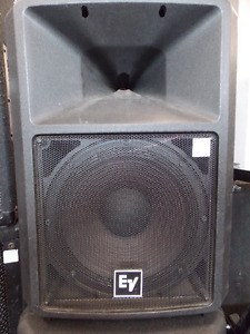 Electro Voice SX100+ Powered Speakers now at Cashopolis!!