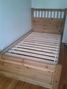 Ikea twin bed 110$