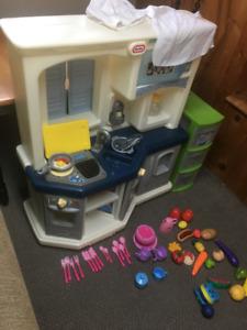 Cuisine pour enfant avec accessoires