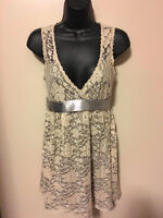 ► ► Lace Dress Forever 21 Size S