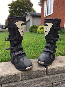 Thor Dirtbike Boots - Size 10