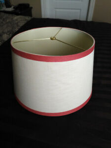 Red & Beige Lamp Shade