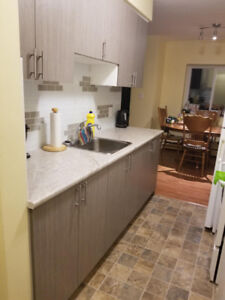 WONDERFUL 1 BEDROOM - CLOSE TO DOWNTOWN - $1225 INCLUSIVE