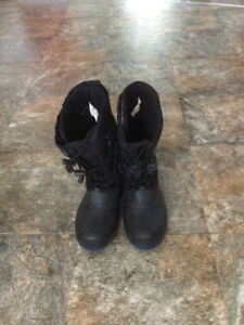 $20 obo-Great Condition-Boys Size 4 Winter Boots-Removable Liner