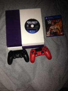 PS4 - 500gb - 2 Controllers