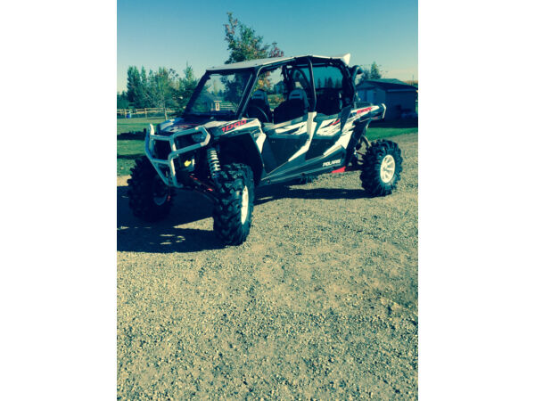 Used 2014 Polaris Rzr XP 1000 four seater