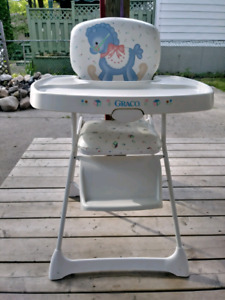 MUST GO - Graco high chair