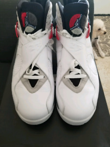 Air Jordan Retro 8 Bugs Bunny (2012)