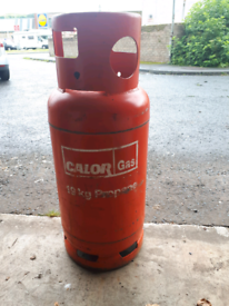 Lpg gas bottles x4 £10 each 2 calor gas 2 Flo gas 1 with 1/4 full of g