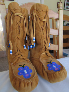 Canadian First Nations sheepskin lined leather beaded boots