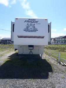 2004 Fleetwood Prowler Fifth Wheel For Sale