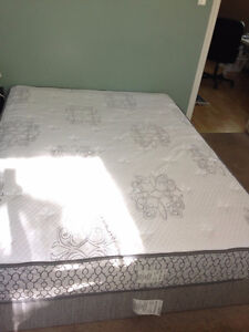 Serta Queen mattress set, purchased brand new in Feb, $375 obo