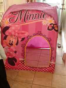 Minnie Mouse Play Hut