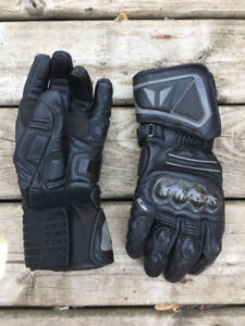 Dainese carbon xtra fit leather gloves - L- gore Tex liner -mint