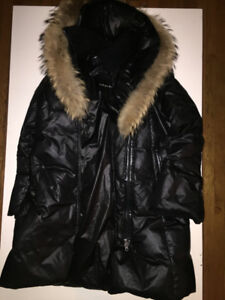 Mackage Women's Coat with tear (5cm) at waist level