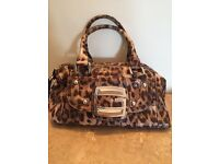 Guess hand bag NEW paid £80