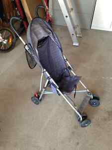 Single collapsable stroller