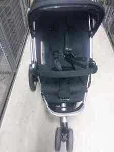 Quinny Buzz stroller West Island Greater Montréal image 2