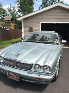 1998 XJ8 Jaguar