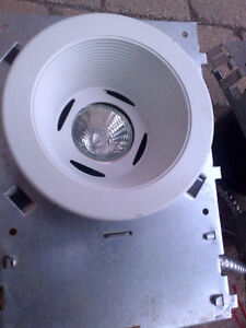 3 COMPLETE CEILING WHITE POT LIGHT ASSEMBLY UNITS AND BULBS