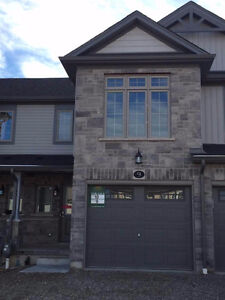 BRAND NEW, nice house waiting for first tenant, close 401 $1600