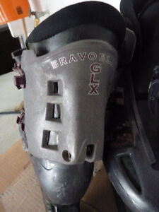 Adult woman Pre-owned Inline roller blade  & accessories Oakville / Halton Region Toronto (GTA) image 6