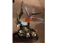 Country artist collection. 01122. King fisher (open winged). Ornament.