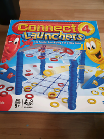 CONNECT 4 LAUNCHERS BOXED GAME NEW