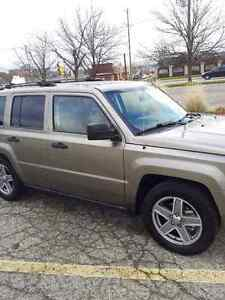 2007 Jeep Patriot Sport  4x4   CERTIFIED  E TESTED Kitchener / Waterloo Kitchener Area image 4