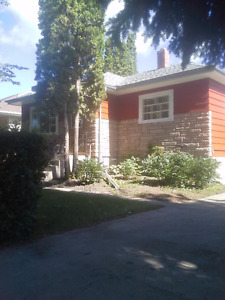 Nice 2 bedroom on the main level home located in Melville
