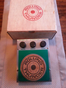 Rolling Thunder Percussion Effects Pedal by Electro Harmonix