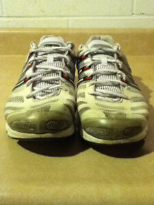 Men's Adidas Clima365 Running Shoes Size 12 London Ontario image 5