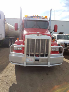 2012 Kenworth T800 and 2013 Lode king trailer