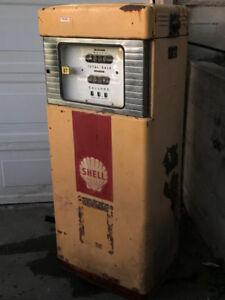Vintage Gas Pump - Wayne 600 Series