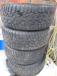 SET OF 4 GENERAL SNOWS WITH RIMS