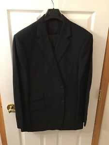 Men's Suit - Like new