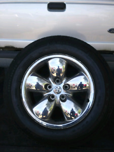 20 inch dodge ram rims and tires $700 obo